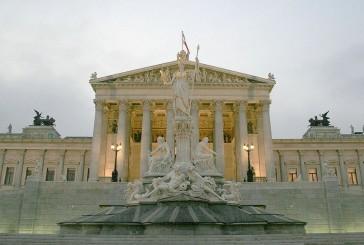 Parlament – budynek wzorowany na starożytnej architekturze