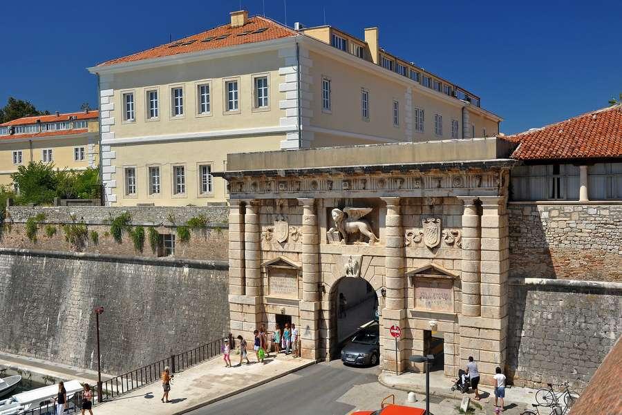 Kopnena Vrata, czyli Brama Lądowa w Zadarze