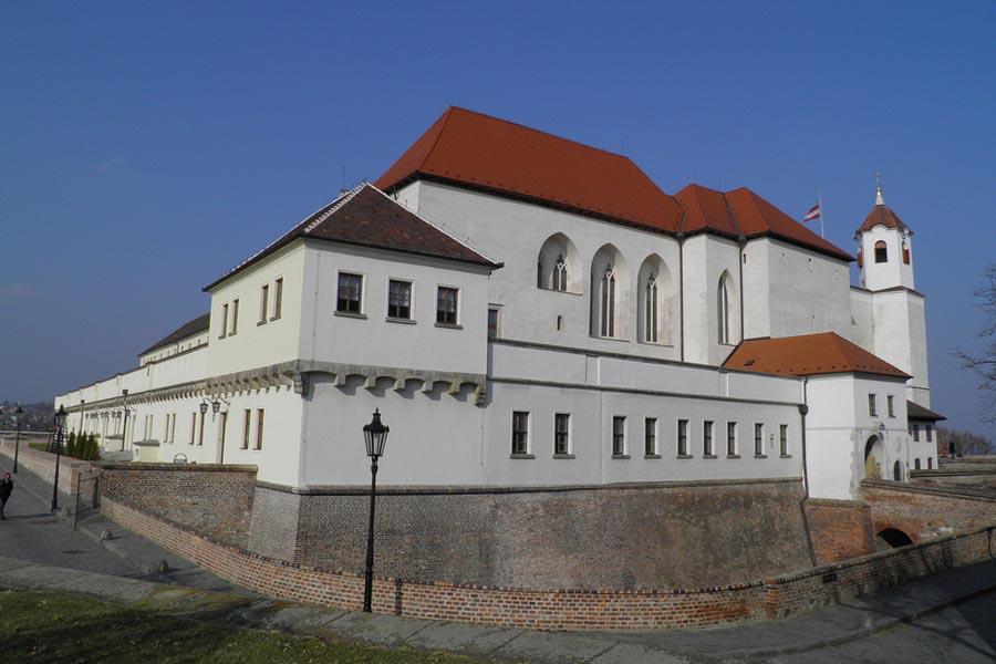 Zamek Spilberk – widok na panoramę miasta