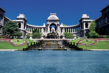 Pałac Longchamp i jego kolorowy park