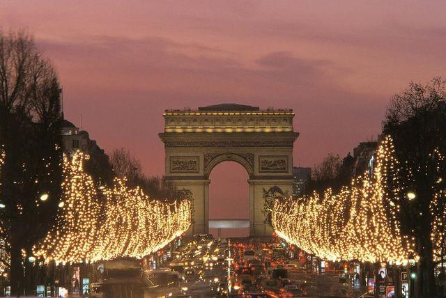 Pola Elizejskie, Paryż