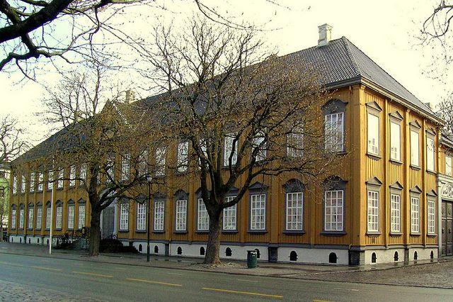 Stiftgarden - królewska rezydencja wTrondheim